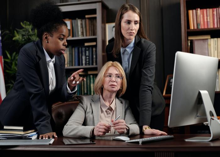5 Essential Secretary Skills You Need